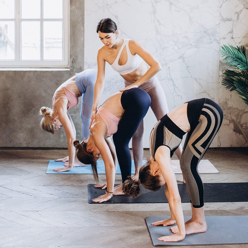 yoga teacher yoga class Services